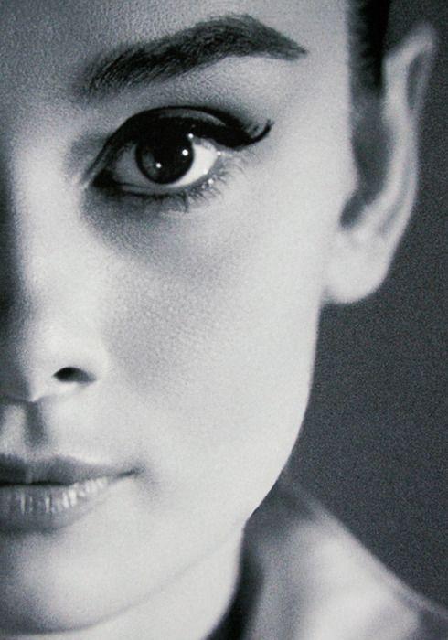 eyebrows Audrey Hepburn